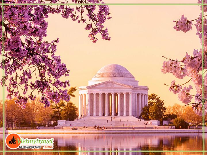 Tour du lịch Mỹ liên tuyến Đông Tây - thăm nhà tưởng niệ Tổng thống Jefferson.