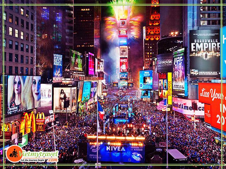 Du lịch Mỹ Tết 2019 - Quàng trường thời đại - trung tâm New York