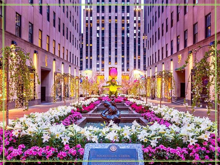 Trung tâm thương mại - Rockerfeller - sầm uất nhất nhì tại New York.