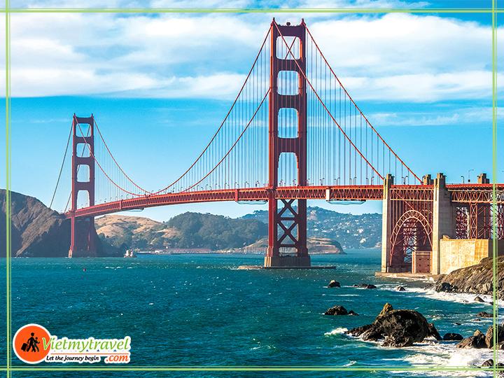 Cầu Cổng Vàng bắc qua vịnh San Francisco