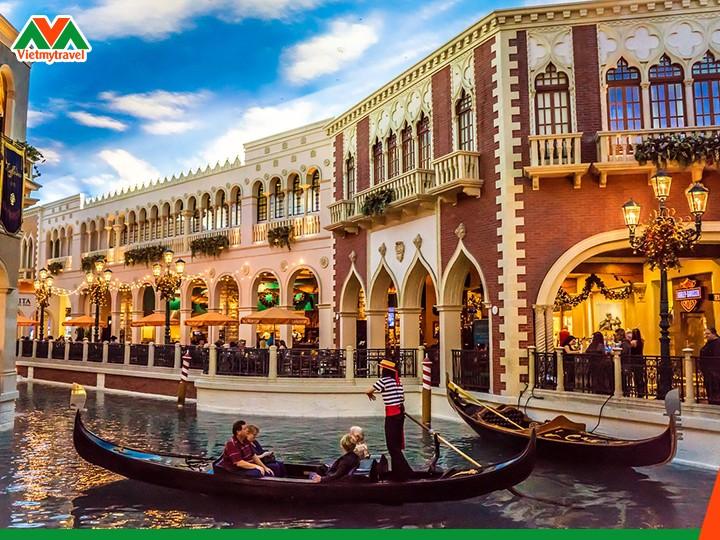kênh trong khách sạn Venetian